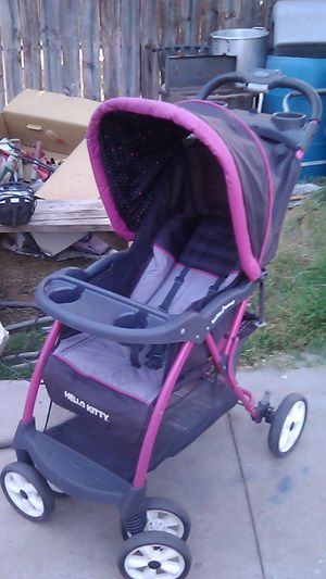 Hello Kitty Baby Trend stroller for Sale in Fresno, CA
