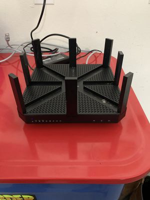 Gaming WiFi router for Sale in Wesley Chapel, FL