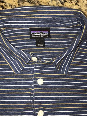 Patagonia Shirts large for Sale in Tustin, CA