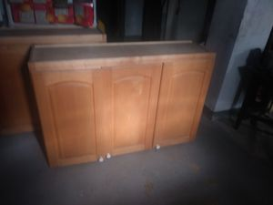 Kitchen/laundry cabinets for Sale in Cleveland, OH