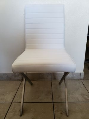 Armen living chair for Sale in Jurupa Valley, CA