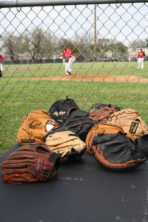 Rawlings wilson and other gloves for Sale in Houston, TX
