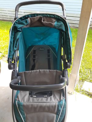 Chicco Bravo Baby Stroller for Sale in Haines City, FL