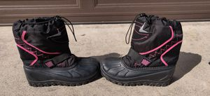 Girls Snowboots size 5 for Sale in Lakewood, CA