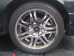 20 inch universal 5 lug for Sale in Redmond, WA