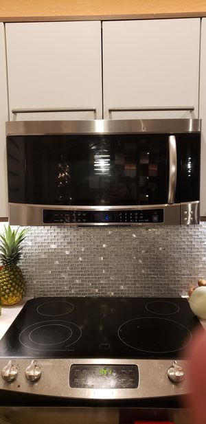 Samsung Microwave SMH9207ST for Sale in Phoenix, AZ