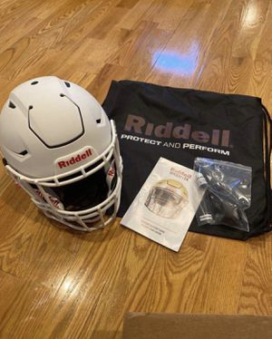 Adult 2020 Speed flex football helmet large White on White for Sale in Brooklyn, NY
