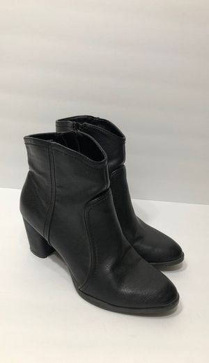 GH Bass & Co Amanda Black Ankle Boots for Sale in Bakersfield, CA