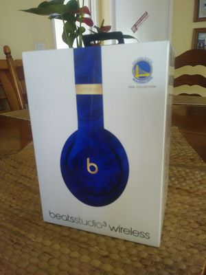 Beats studio3 wireless nba edition for Sale in Wilmington, CA