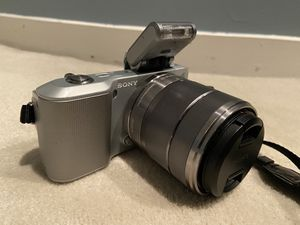 Sony NEX-3 Camera plus flash ,Battery and charger for Sale in West Bloomfield Township, MI