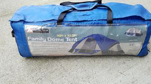 16 x 10 and 1/2 foot family Dome Tent for Sale in Sumner, WA