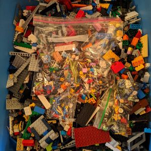 Lego Pieces with Minifigure Parts 43 Pounds for Sale in Cheshire, CT