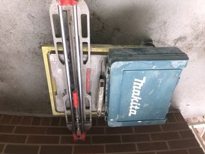Tile cutter, wet saw, and makita hammer drill for Sale in Falls Church, VA