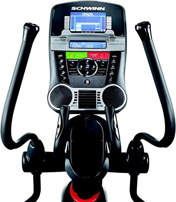 Schwinn 470 Compact Elliptical Machine