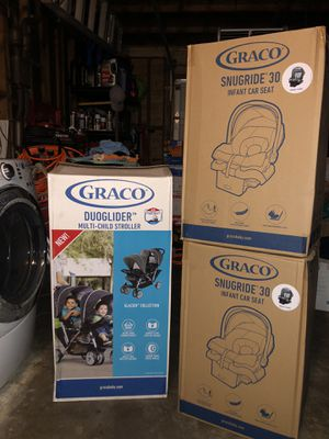 Graco DuoGlider Double Stroller & 2 SnugRide Infant Car Seat Set for Sale in Union City, CA