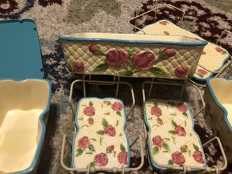 Temptations QVC bakeware Set rose- $40 for Sale in Cypress,  TX
