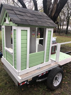 Trailer 4x8 w/Playhouse & Grill for Sale in Mansfield, TX