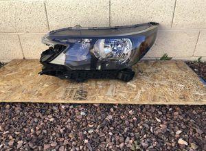 2012, 2013, 2014 Honda CRV CR-V OEM headlight, driver side, headlamp, front headlight headlamp, front car auto light lamp, upper bumper light for Sale in Glendale, AZ