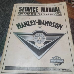Harley Davidson manual for Sale in Elyria, OH