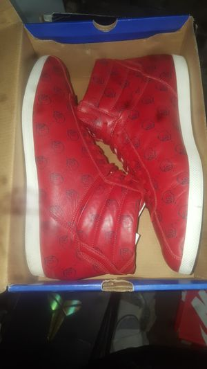 Gucci ghost hi size 13 for Sale in Bellflower, CA