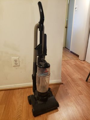 Bissell Vacuum for Sale in Chantilly, VA