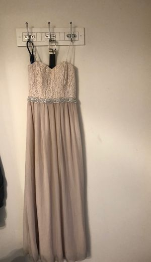 Princess prom dress size 5 for Sale in Rancho Cucamonga, CA