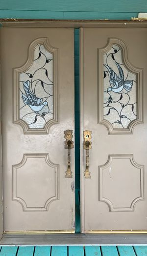 Double doors for Sale in Dinuba, CA