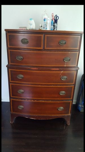 Drexel antique dresser for Sale in Huntington Beach, CA