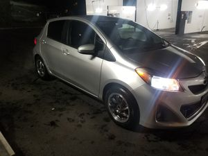 Toyota yaris 2012 for Sale in Kenmore, WA