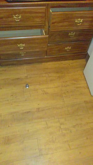 6 drawer dresser Brown for Sale in Denver, CO