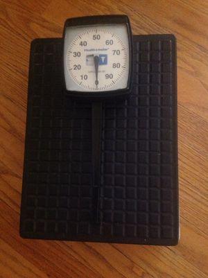 HEALTH O METER bathroom scale model 134LB for Sale in La Grange Park, IL