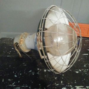 1940's Explosion proof 110 light for Sale in Parsons, KS