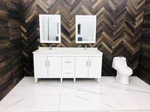 "72"" Bathroom Vanity with Mirror & Back Splash for Sale in Orlando, FL"