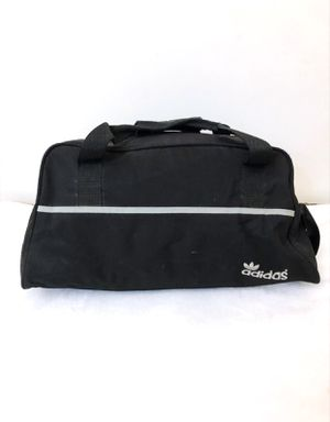 Adidas Duffle Bag for Sale in Hacienda Heights, CA