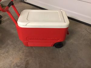 Large rolling igloo cooler for Sale in Franklin, TN