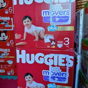 Huggies Little Movers Size 3/198 Diapers for Sale in Compton, CA