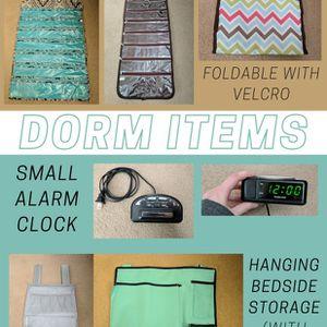 Assorted Dorm Room Essentials for Sale in Davidsonville, MD