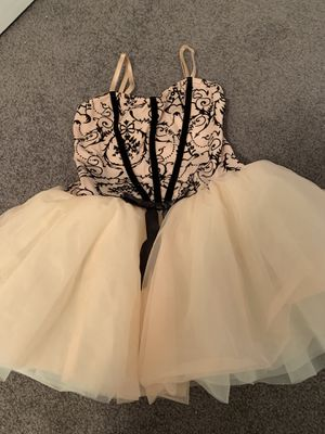Child's extra large dance costume for Sale in Pittsburgh, PA
