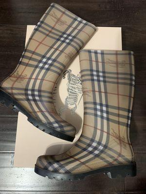 Burberry rain boots size 38 for Sale in Aliso Viejo, CA