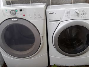 Whirlpool duet washer and dryer with warranty for Sale in Fresno, CA
