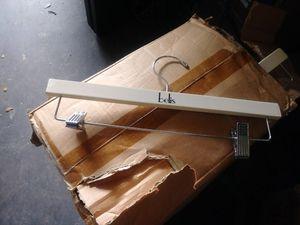 hanger 100 for $50 for Sale in Fort Lauderdale, FL