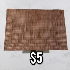 7 Vinyl Woven Placemats for Sale in Pompano Beach, FL