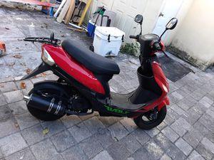 Compro titulos de motos scooters 50cc 150cc y motos suzuki Honda o Yamaha que Sean 125cc o 200cc for Sale in Carol City, FL
