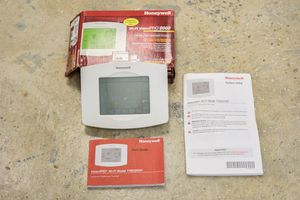 Honeywell Programmable, Wi-Fi, Touchscreen Thermostat for Sale in Austin, TX
