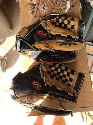 Rawlings softball gloves for Sale in Puyallup, WA