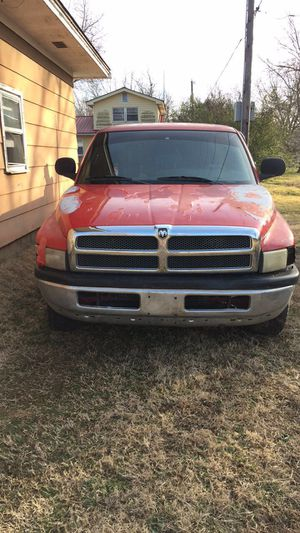 1998 dodge truck forsale for Sale in Vinita, OK