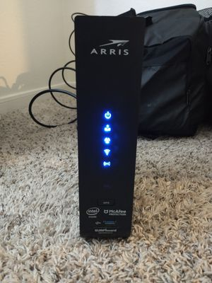 Arris SURFboard Modem + Wi-Fi Router (LIKE-NEW) for Sale in College Station, TX