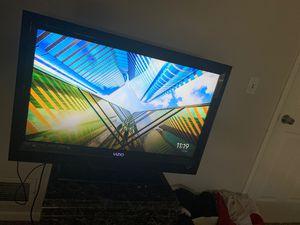32 inch Vizio TV for Sale in Aurora, CO