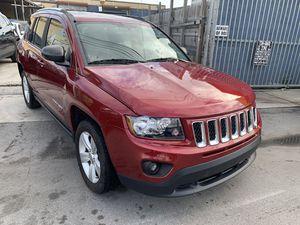 Jeep Compass 2015 for Sale in Miami, FL