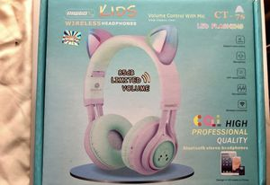 BRAND NEW KIDS BLUETOOTH HEADPHONE for Sale in Daly City, CA